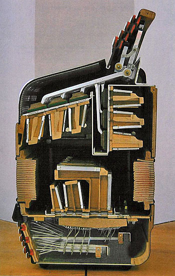 4accordion_scan01 350S
